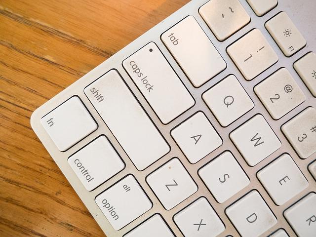 keyboard-925522_640